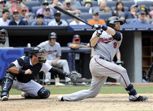 Deduno pitches slumping Twins past Yankees 4-1