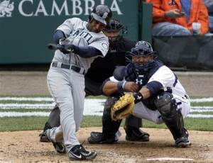 Figgins hits tiebreaking double for Mariners