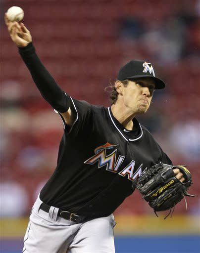 Ruggiano's HR in 9th sends Marlins over Reds 2-1