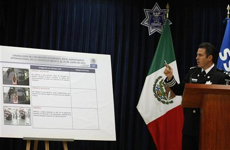 Mexico Offers Reward For Airport Killer Police