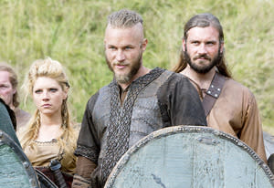 Katheryn Winnick, Travis Fimmel and Clive Standen | Photo Credits: Jonathan Hession / HISTORY