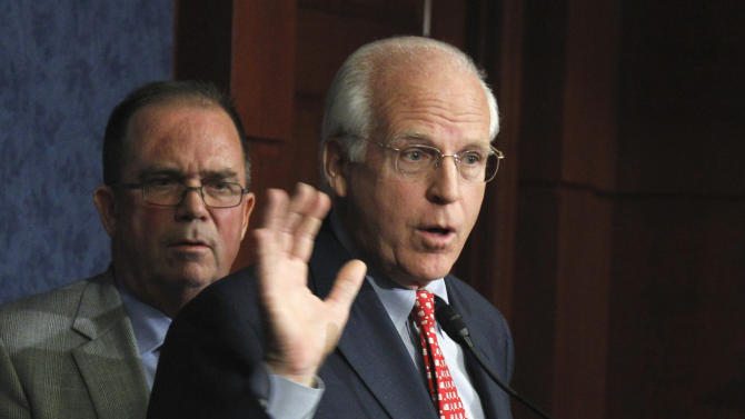 The co-chairs of the Congressionally chartered Commission on Wartime Contracting in Iraq and Afghanistan, former Connecticut Rep. Christopher Shays, right, and Michael Thibault, take part in a news conference on Capitol Hill in Washington, Wednesday, August 31, 2011, to present their final report that summarizes more than two and a half years' work on waste and fraud in contracting.  (AP Photo/Manuel Balce Ceneta)