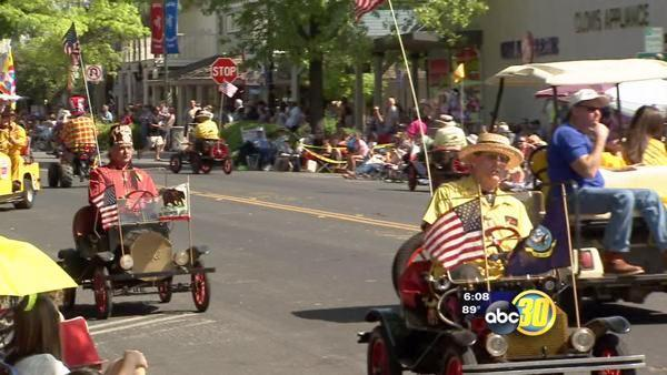 Clovis Rodeo Parade brings the community together