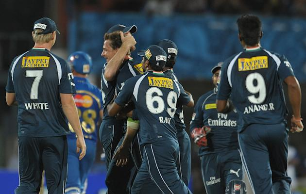 Deccan Chargers bowler Dale Steyn(C) with team members celebrates the wicket of Mumbai Indians  Richard Levi  during the IPL Twenty20  match at Dr. Y.S. Rajasekhara Reddy Cricket Stadium in Visakhapat
