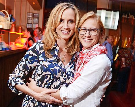 Chely Wright, Country Singer, Pregnant With Identical Twins