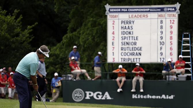 Kenny Perry putts on the ninth hole during the final round of the Senior PGA Championship golf tournament at Bellerive Country Club, Sunday, May 26, 2013, in St. Louis. (AP Photo/Jeff Roberson)