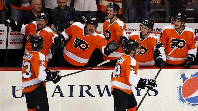 Giroux scores for Flyers in 4-2 win over Oilers