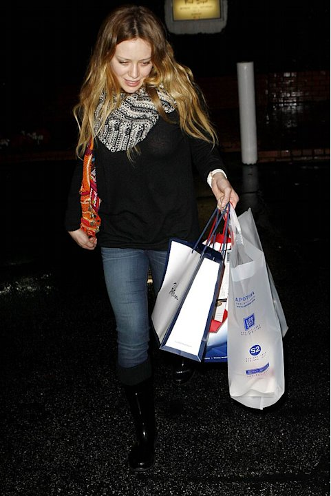 Duff Hilary Shopping