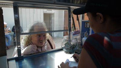 The Eight Best Lines From Jonathan Gold's Grubstreet Interview