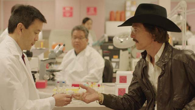 'Dallas Buyers Club' Featurette: Crusader