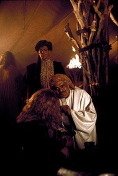 Antonio Banderas , Omar Sharif and Dennis Storhoi in The 13th Warrior