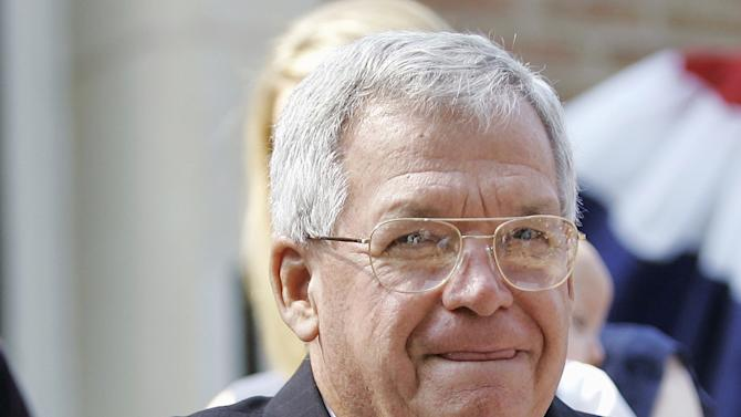 FILE - In this Aug. 17, 2007, file photo, former House Speaker Dennis, Hastert, R-Ill., announces that he will not seek re-election for a 12th term in Yorkville, Ill. Federal prosecutors have indicted Thursday, May 28, 2015, the former U.S. House Speaker on bank-related charges. (AP Photo/Brian Kersey, File)