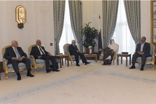 Palestinian President Abbas meets Hamas leader Mashaal in Doha