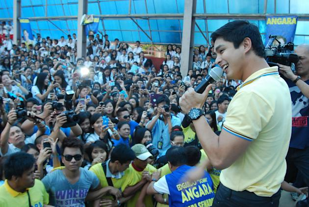 Coco spoke about taking on 'rakets' to help the lola who raised him. (Photo by Enie Reyes)