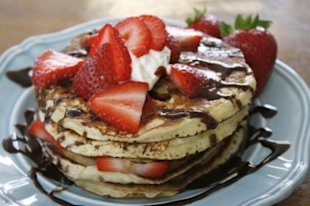 buttermilk strawberry pancakes