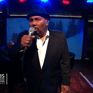 "Aaron Neville performs ""The Christmas Song"" on Saturday Sessions"