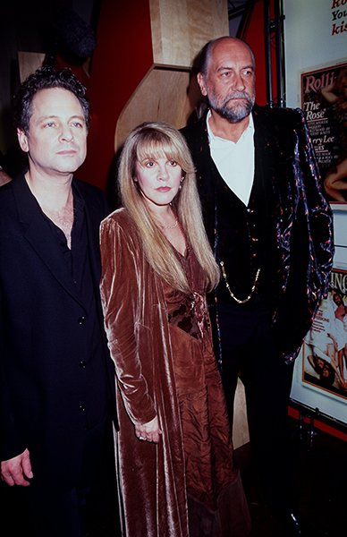 With Lindsay Buckingham &amp; Mick Fleetwood in 1998