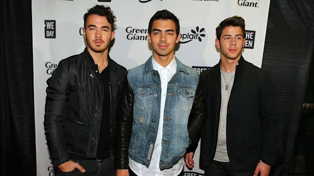The Jonas Brothers Officially Call It Quits (ABC News)