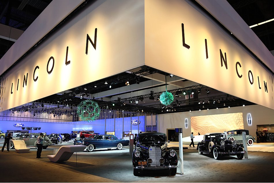 Lincolns Heritage at the Los Angeles Auto Show
