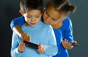 How Do You Know If Your Child is Ready for a Cell Phone?