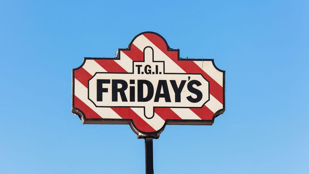 T.G.I. Friday's Ejects On-Duty Officers for Carrying Guns