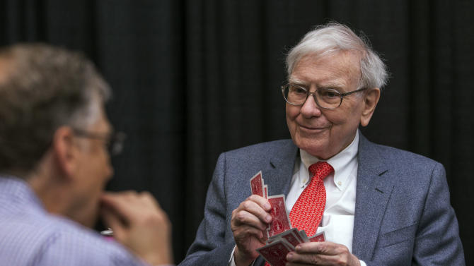Warren Buffett offers advice on investing and life
