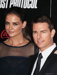 Tom Cruise and Katie Holmes settle divorce
