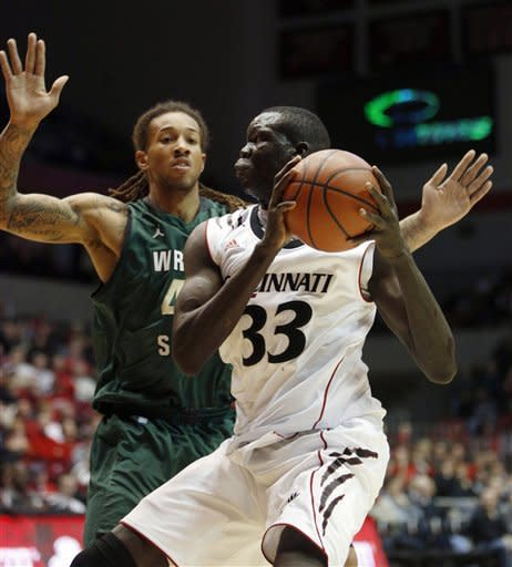 No. 11 Cincinnati beats Wright State 68-58