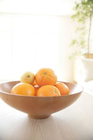 Just glancing at the fruit bowl can help increase your self-discipline