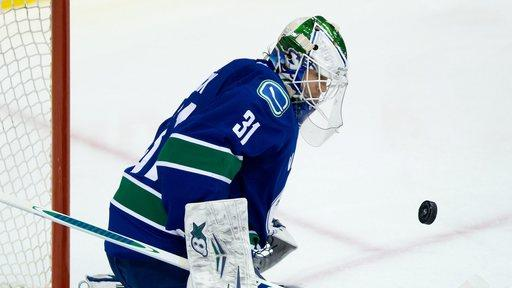 Canucks' Lack earns 1st NHL shutout, tops Canes