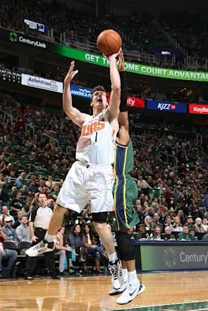 Markieff Morris leads Suns past Jazz, 112-101