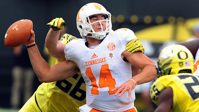 Vols bench QB Worley, start Peterman at Gators