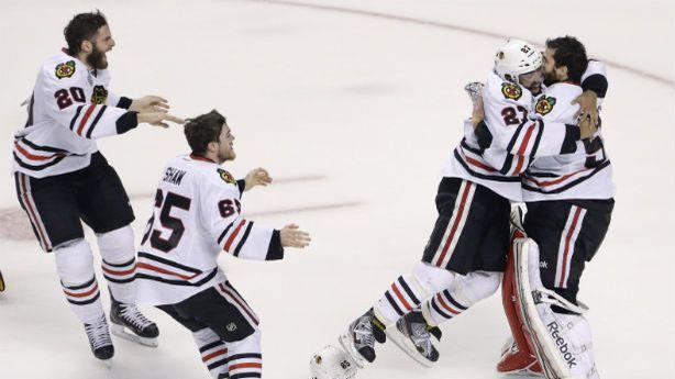 It Took 17 Seconds for the Chicago Blackhawks to Make Hockey History