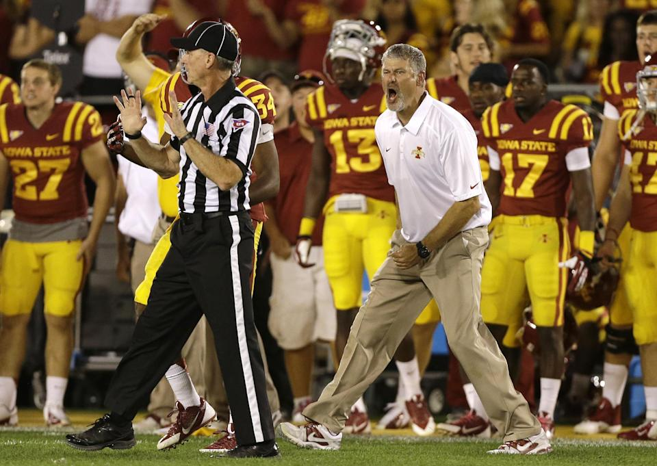Big 12 reprimands Texas WR Davis, Iowa St coach