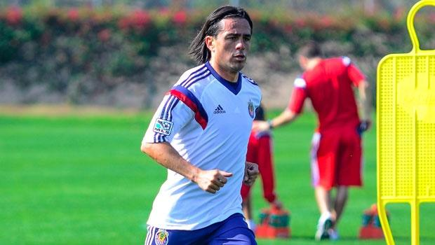Chivas USA midfielder Mauro Rosales driven to help his new team move up the standings in 2014