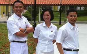 Steve Tan Peng Hoe (left) along with Foo Mee Har and Desmond Lee Ti-Seng when they were unveiled as part of PAP's new batch of 24 candidates. (Yahoo! photo)