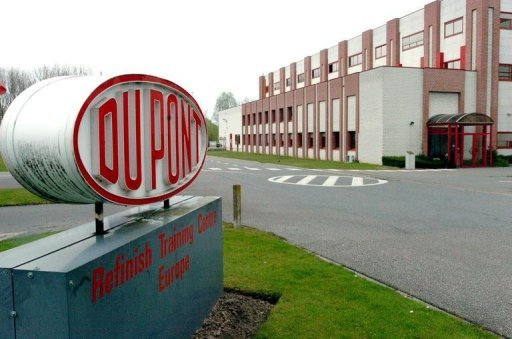 <p>A Belgian plant of the US chemicals group DuPont. The US chemicals giant has announced its net profit collapsed to $10 million in the third quarter from $452 million in the same period last year, and that it would cut 1,500 jobs.</p>