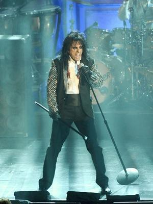 Alice Cooper Teams Up With Universal Studios for Halloween