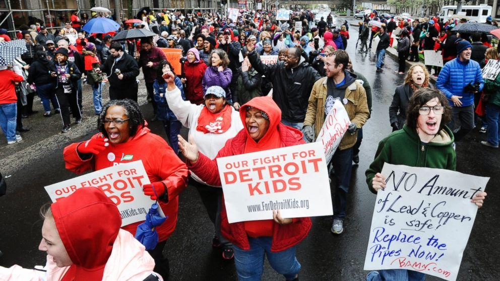 Over 90 Detroit Schools Close as Teachers Hold 'Sick Out' in Fight for Paychecks