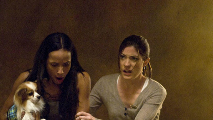 Dania Ramirez Jennifer Carpenter Quarantine Production Stills Screen Gems 2008