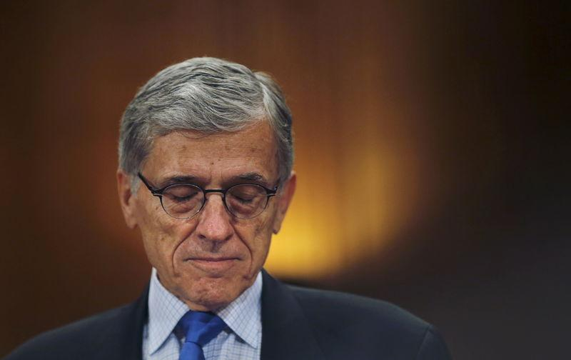 FCC looks to subsidize Internet access for poor