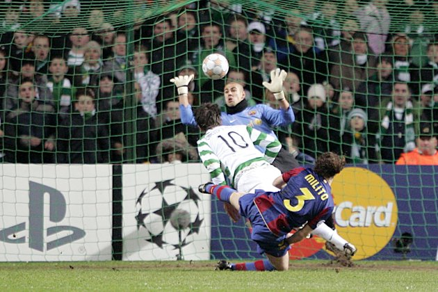 Jan Vennegoor of Hesselink scores for Celtic against Barcelona in 2008