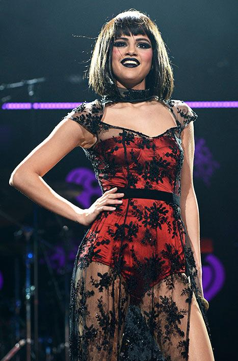 Selena Gomez Curses During Jingle Ball 2013 Performance, Walks Off Stage