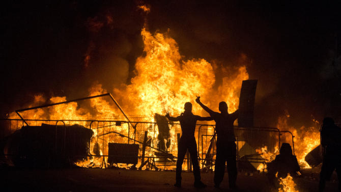 Brazil leaders to meet as protests, violence grow