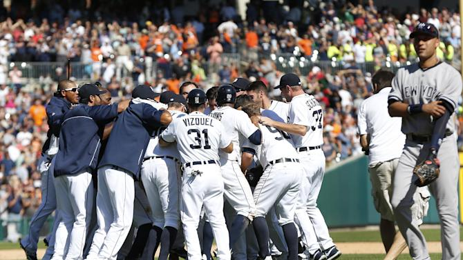 Avila's 2-out hit in 9th lifts Tigers over Yanks
