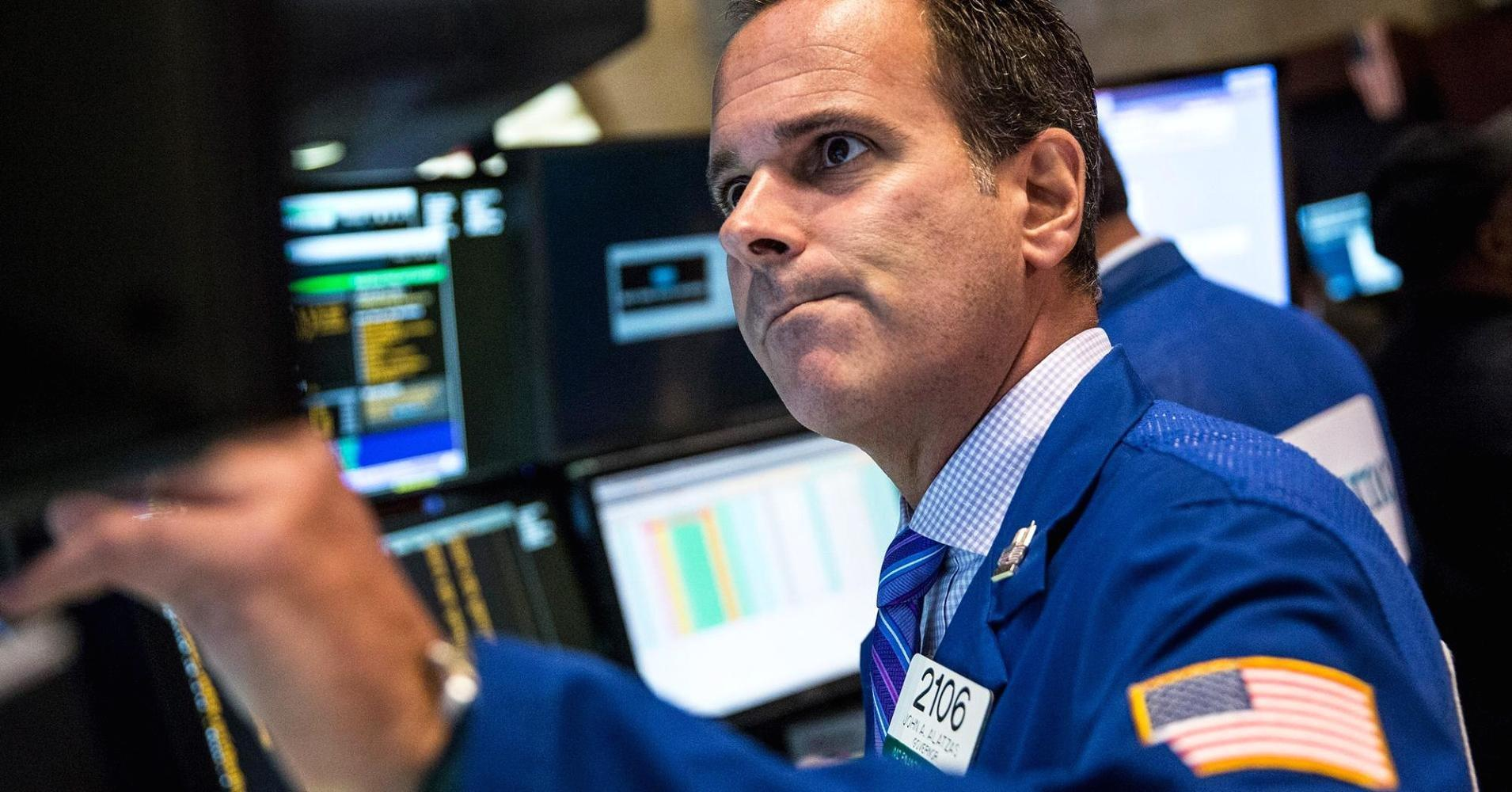 Early movers: BBY, SJM, MON, MDT, PNRA, SONC, PLAY, DRI, SQ & more
