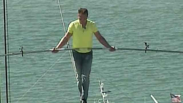 Nik Wallenda describes tightrope walk over Florida highway