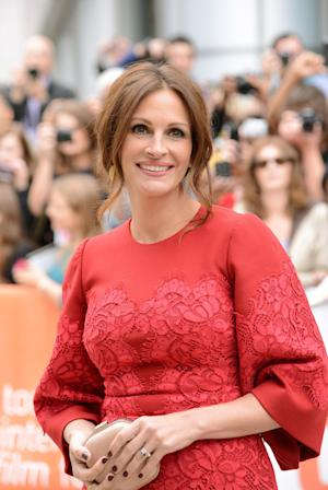 """Julia Roberts arrives at the premiere of """"August: Osage County"""" on day 5 of the Toronto International Film Festival at the Roy Thomson Hall on Monday, Sept. 9, 2013, in Toronto. (Photo by Evan Agostini/Invision/AP)"""