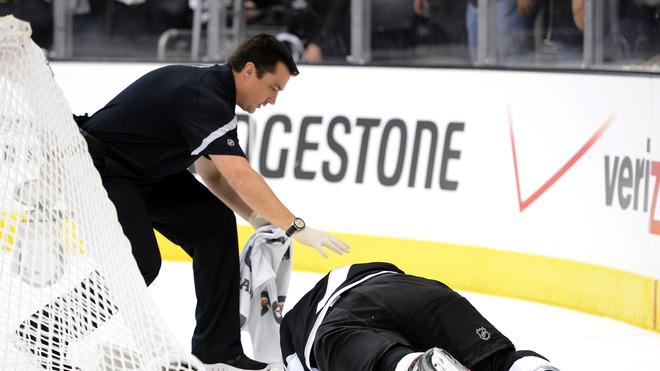 Rob Scuderi #7 Of The Los Angeles Kings Lays Getty Images