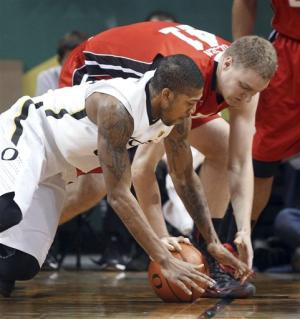 No. 19 Oregon beats Utah 73-64 to snap 3-game skid